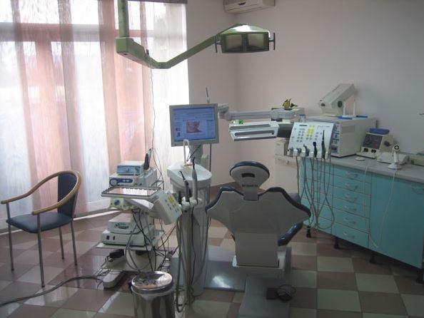 dentista-zagabria-Dr.-Davor-Ćurković-1