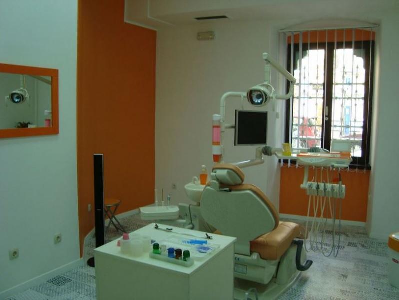 dentisti-fiume-Dr.-Delov-4